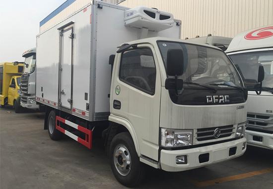 东风多利卡D6冷藏车